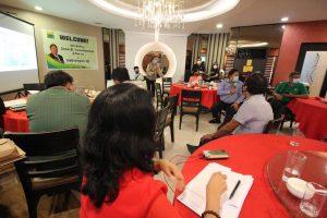 Bro. John pinuri ang DAR-Central Luzon dahil sa 75% na pamamahagi ng nakabinbing titulo ng lupa